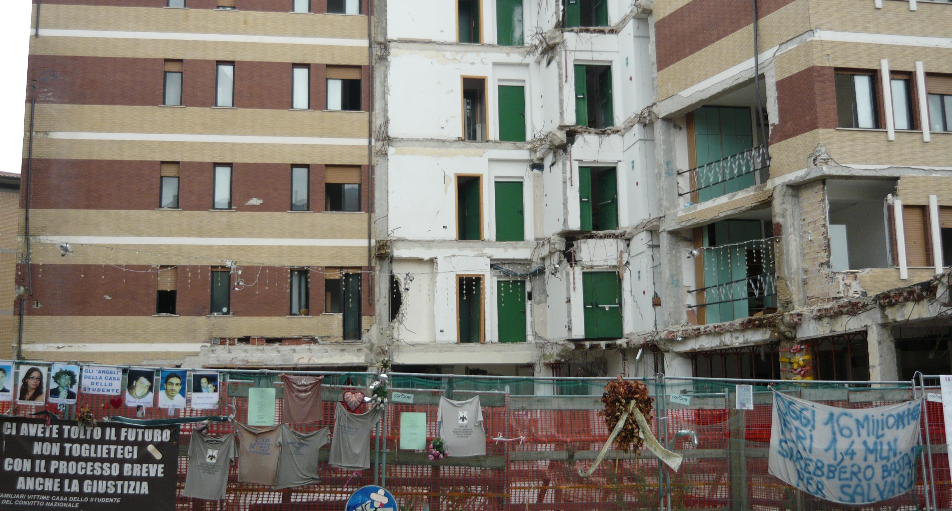 A L'Aquila parte la demolizione della Casa dello Studente, diventerà il luogo del ricordo ...