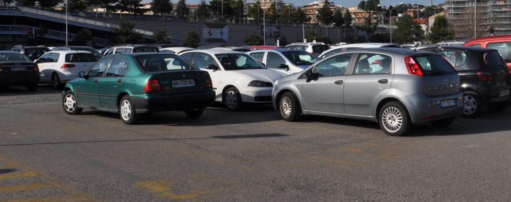 pescara - parcheggio area risulta