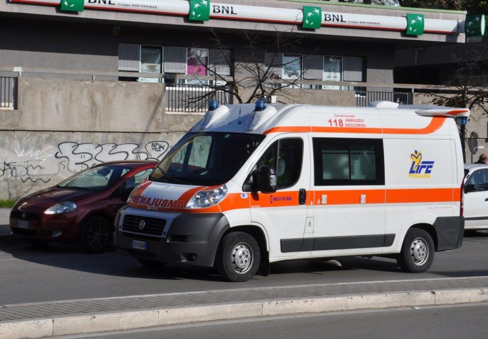 pescara-ospedale-ambulanza