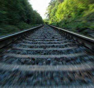 ferrovia-binari-treni