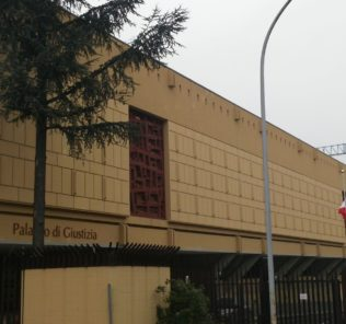 laquila-palazzo-di-giustizia02