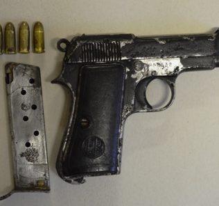 pistola-e-caricatore