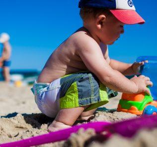 mare-bambino-spiaggia