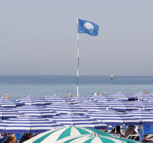 "spiaggia ""costa azzurra"""