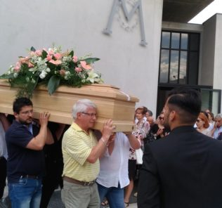 funerali-ester-pasqualoni
