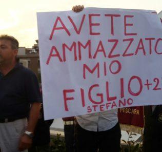 pescara-inaugurazione-ponte-protesta-feniello
