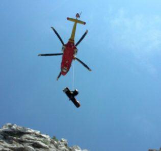 soccorso-alpino-montagna-recupero