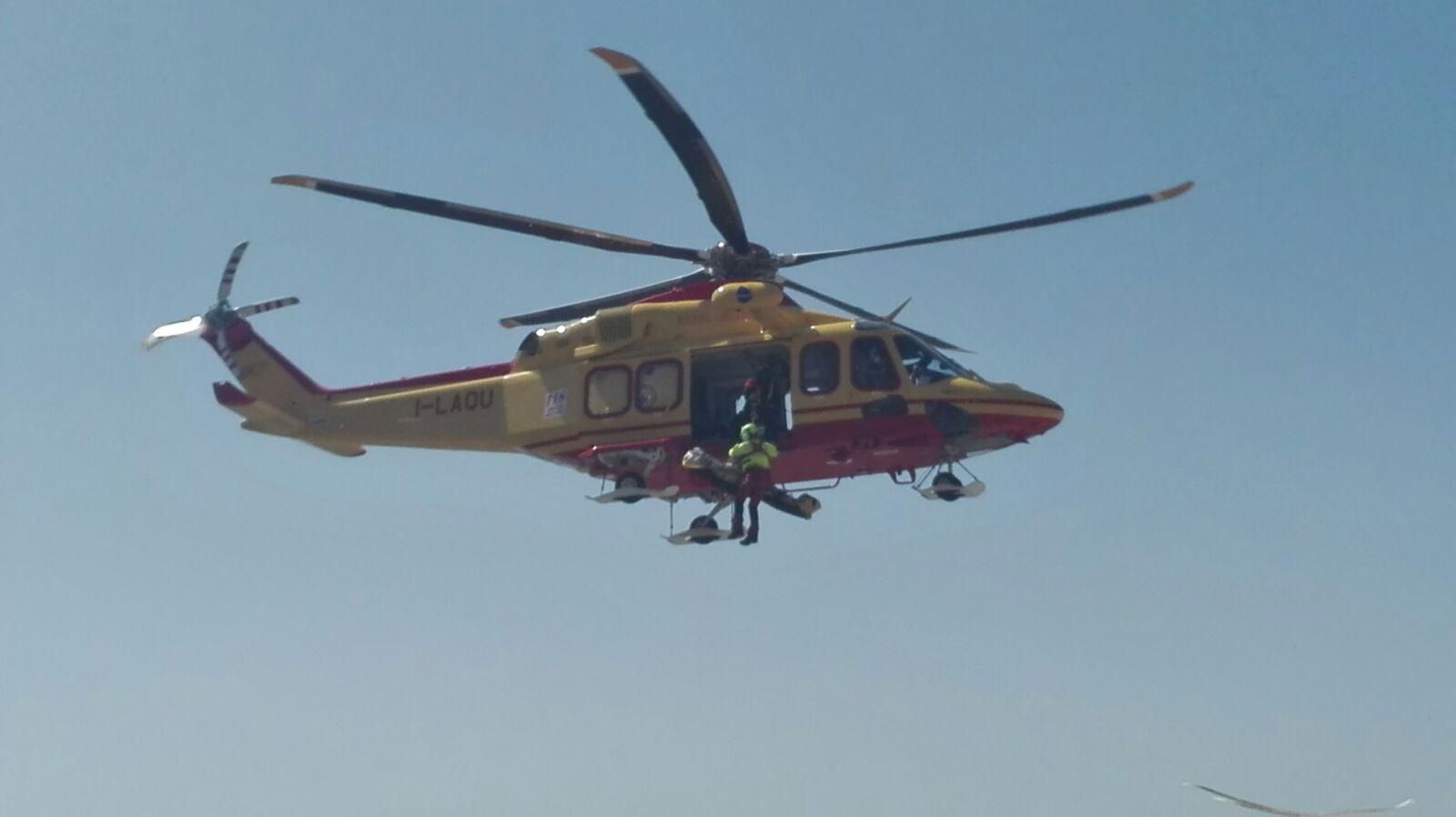 Elicottero 118 : Ulss belluno il nuovo elicottero del suem inizia ad operare