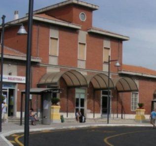 giulianova-piazzale-stazione
