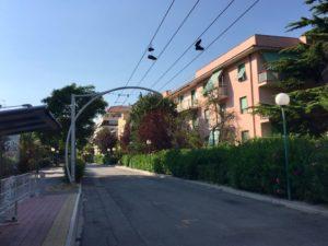 shoefiti-scarpe-appese-filovia-pescara-3