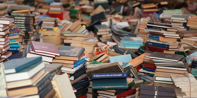 Pescara contro il caro libri scolastici allo spaz arriva for Vendita libri scolastici