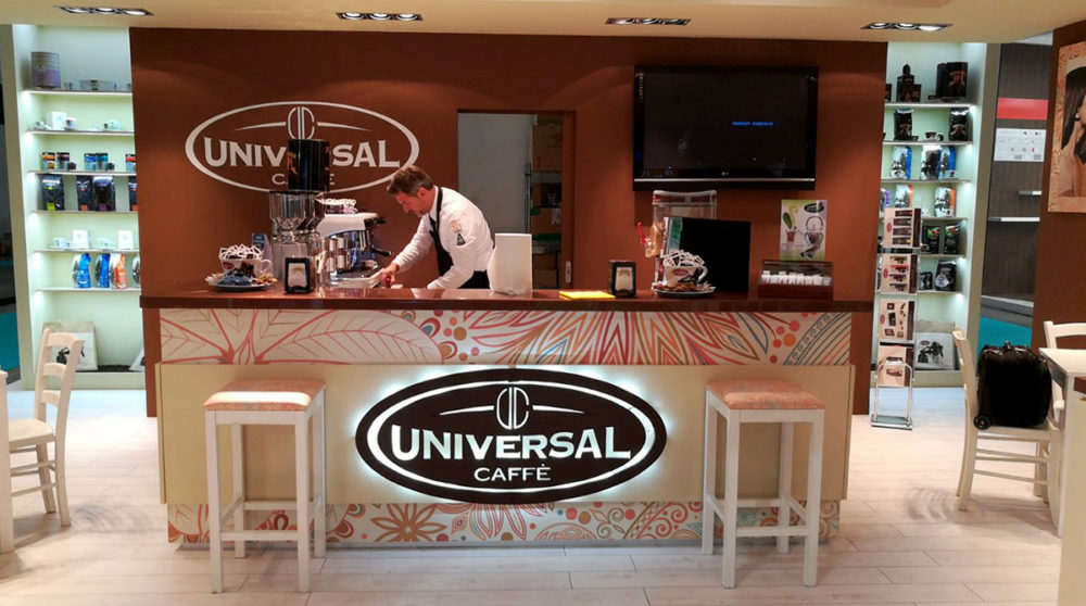 universal-caffe-a-host-2017