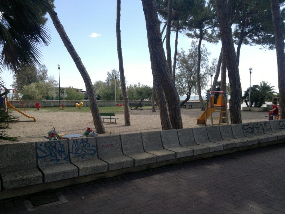 silvi-piazza-dei-pini