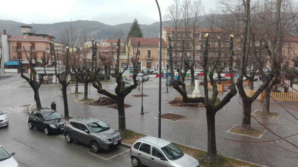 piazza-torlonia-horror-2
