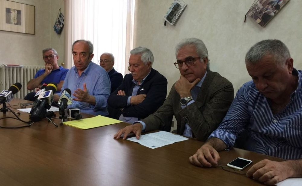 Pescara, 180 bimbi intossicati: tre persone indagate