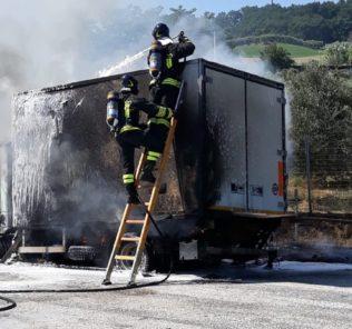 incendio-autostrada-a142