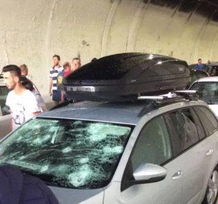 Auto danneggiate su A14, foto Meteo Chieti