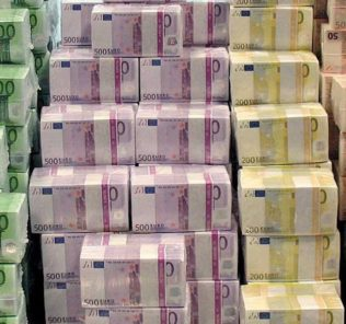 euro banconote pacchi