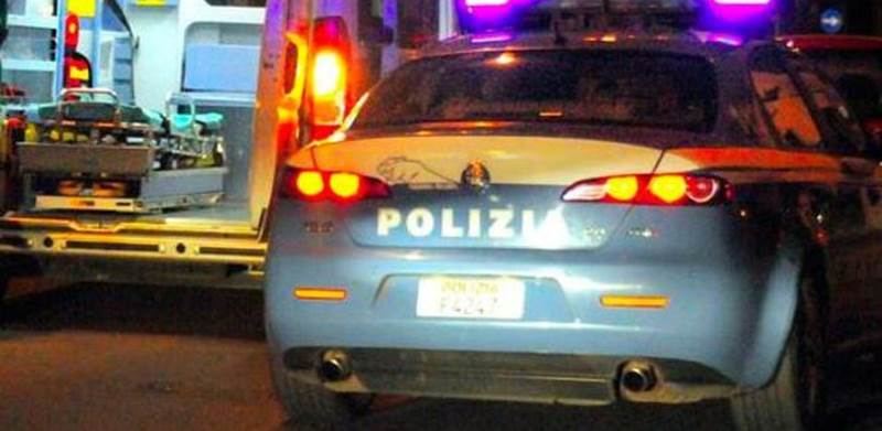 ambulanza-polizia-notte